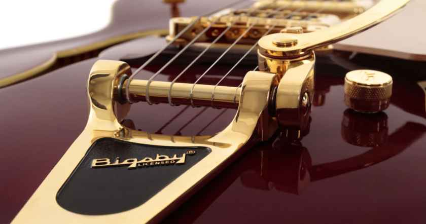 blog-main-img-how-to-restring-a-bigsby