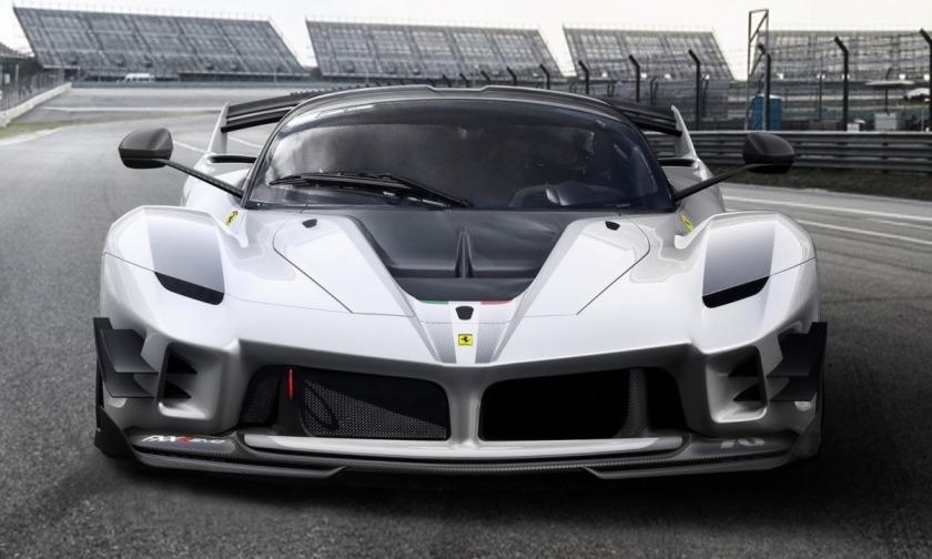 Silver-Ferrari-FXX-K-Evo-Hypercar-front